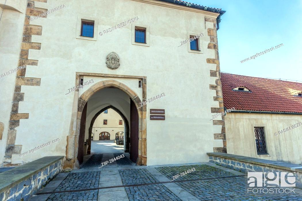 Imagen: Gothic Castle, Kadan, Northern Bohemia, Czech Republic, Europe.