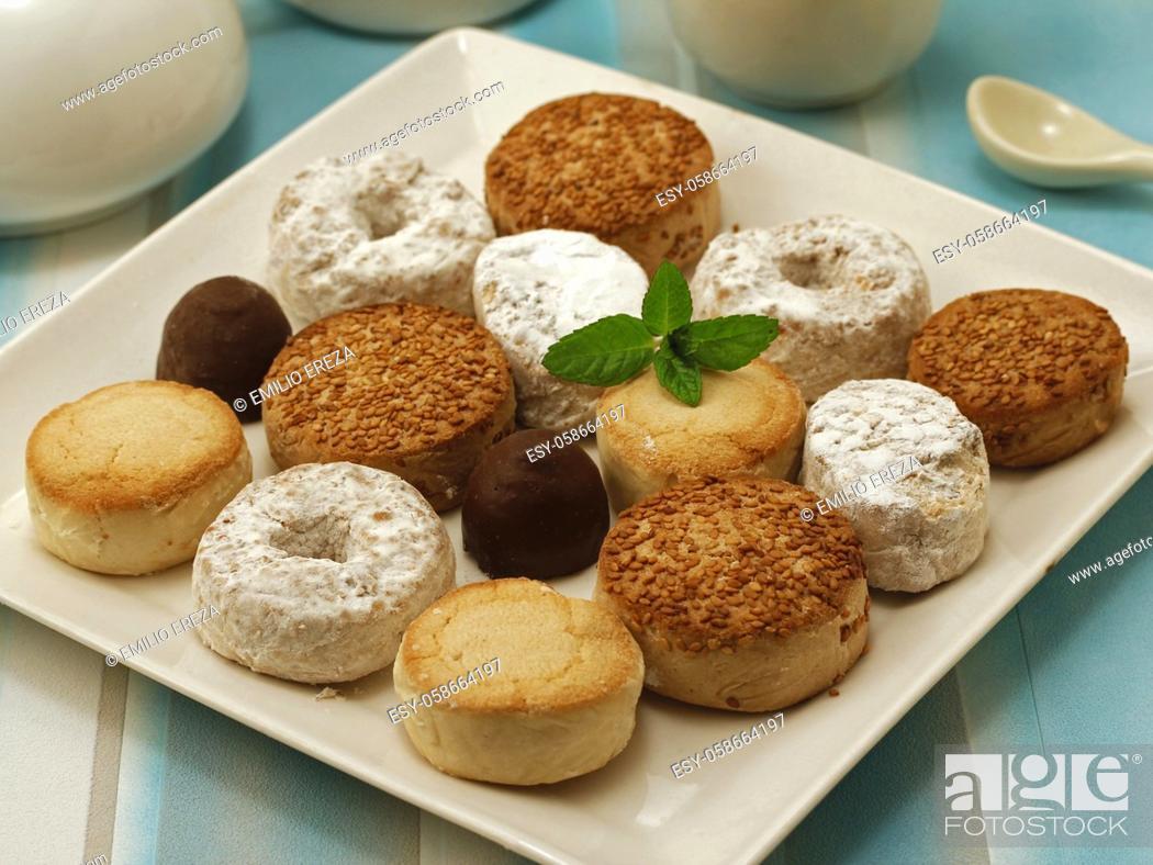 Photo de stock: Mantecados. Typical dessert for Christmas in Spain.