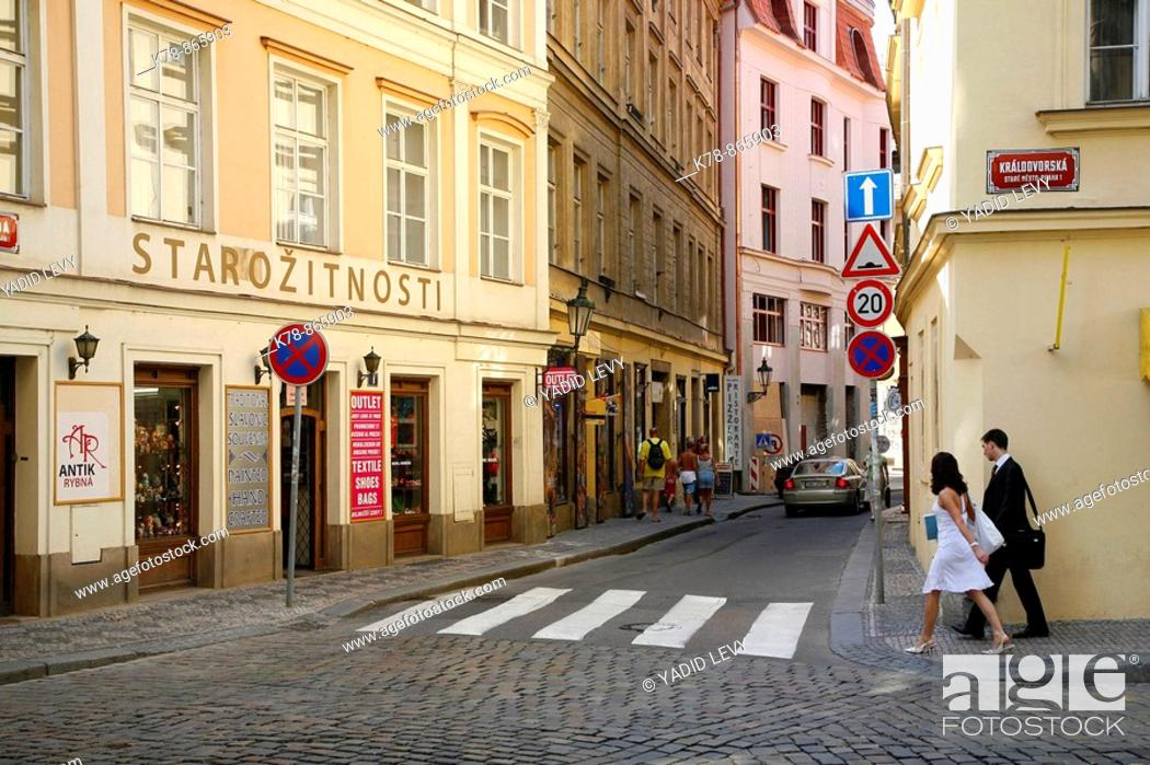 Stock Photo: Street scene in Stare Mesto, Prague, Czech Republic.