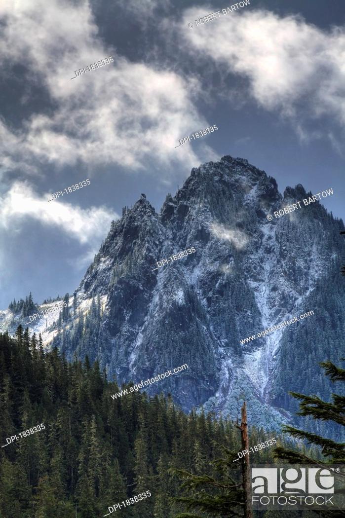 Stock Photo: Mount Rainier, Pierce County, Washington.