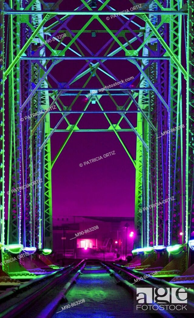 Stock Photo: Railway bridge.