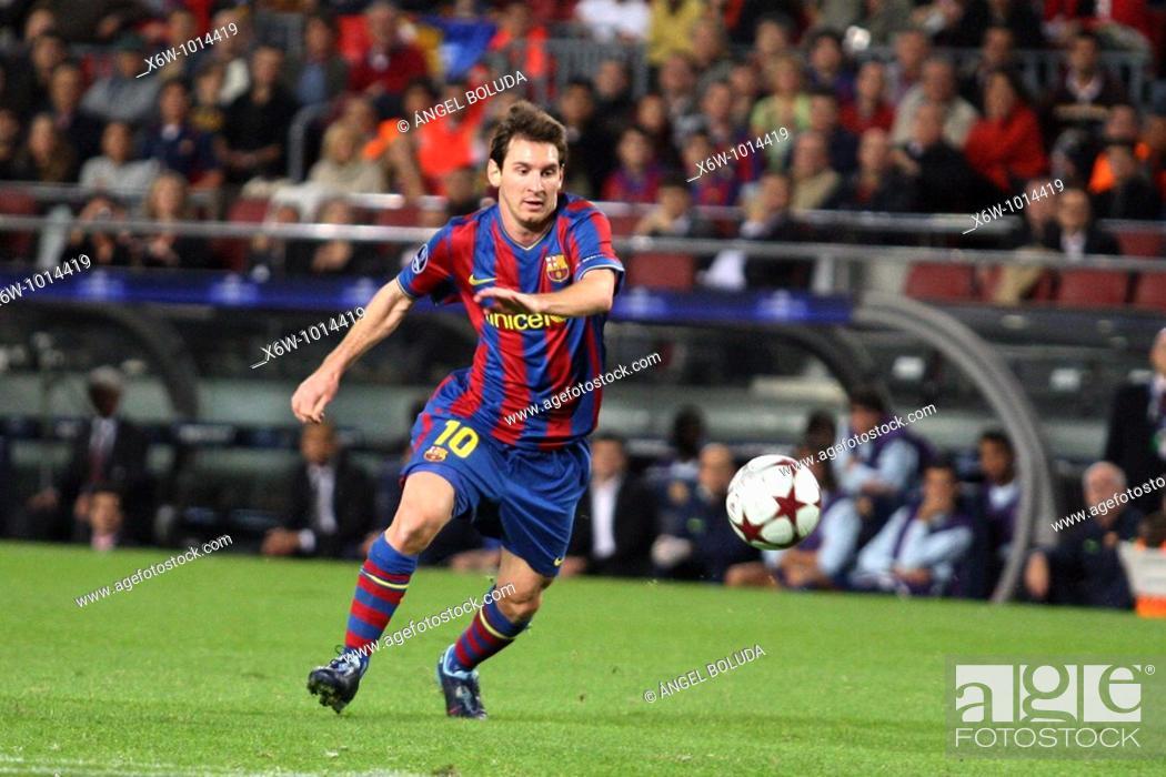 Stock Photo: Barcelona, Camp Nou Stadium, 20/10/2009, UEFA Champions League, FC Barcelona vs. FC Rubin Kazan, Leo Messi.