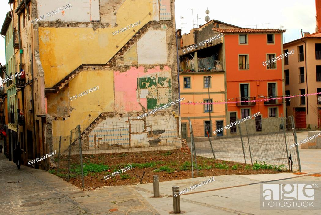 Stock Photo: Streets and public square of Olot with a piece of waste ground, La Garrotxa Natural Park, province of Girona, Cataluña, Spain.