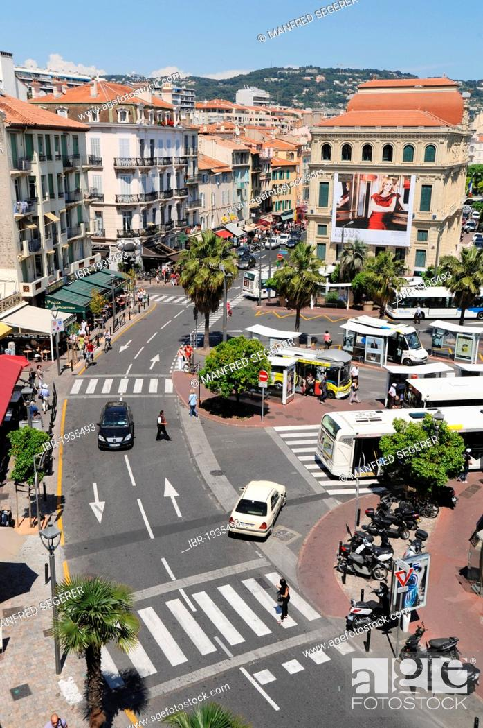 Imagen: The old town of Cannes, Côte d'Azur, France, Europe.
