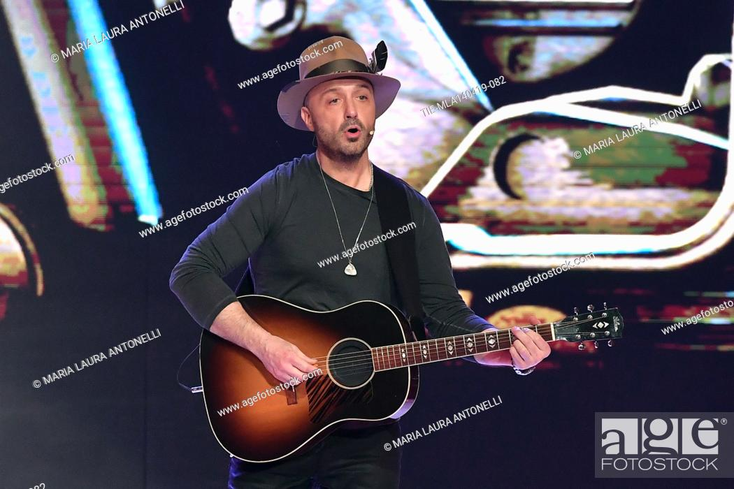 Photo de stock: Joe Bastianich during the performance at the talent show ' Ballando con le stelle ' (Dancing with the stars) Rome, ITALY-14-04-2019.
