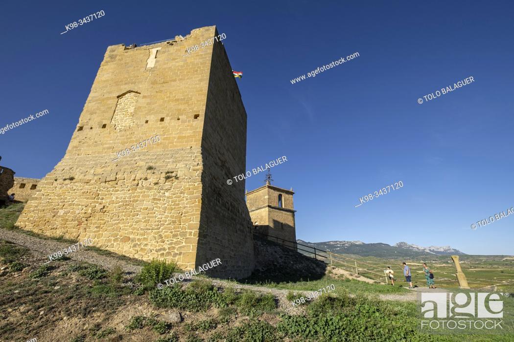 Imagen: castillo de San Vicente, siglo XII, San Vicente de la Sonsierra, La Rioja, Spain.
