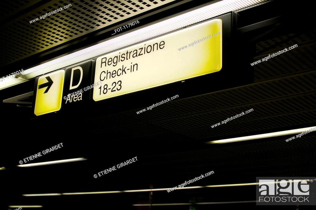 Stock Photo: Italian check-in sign at airport.