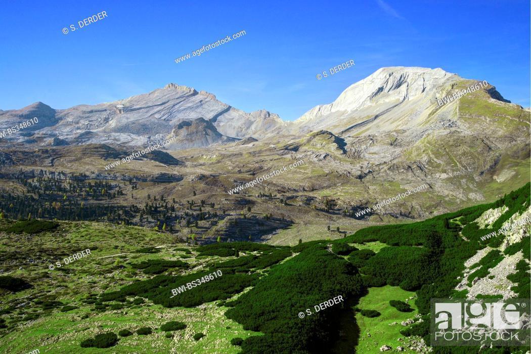 Stock Photo: Sas dla Crusc and Sas dles Diesc, Italy, South Tyrol, Dolomiten.