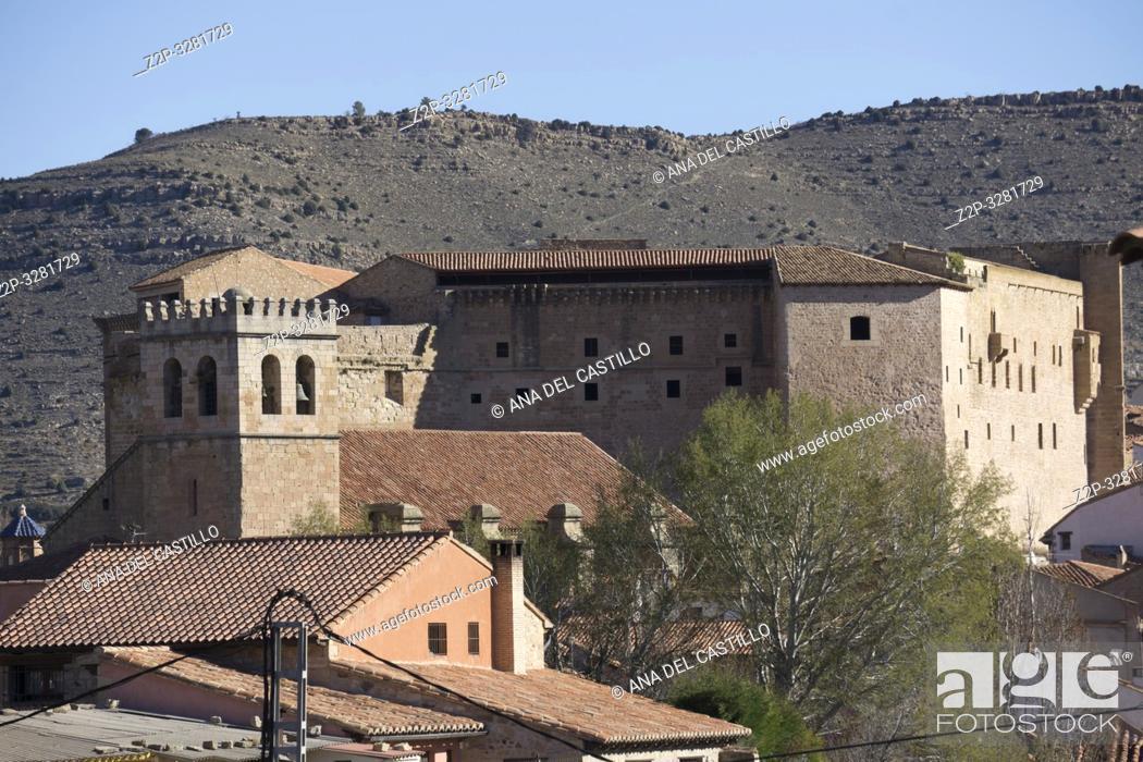 Imagen: Rural architecture Mora de Rubielos Teruel Aragon Spain.