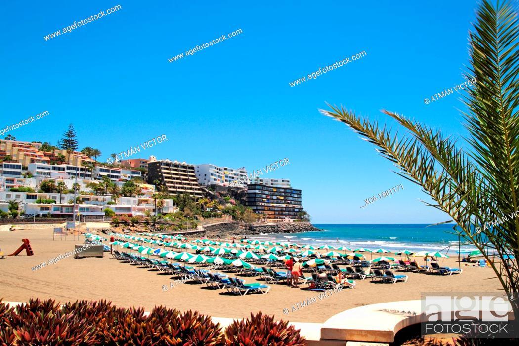 Stock Photo: Beach of Puerto Rico municipality Gran Canaria island.