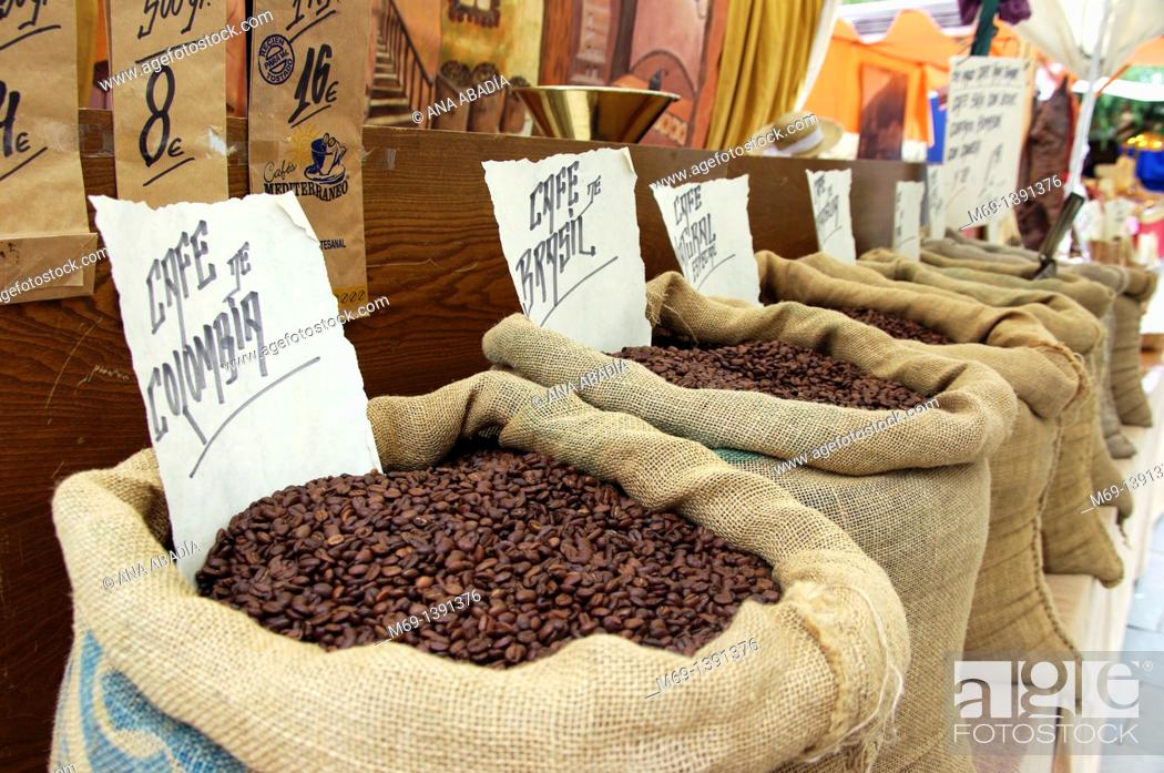 Stock Photo: Sale of coffee beans.