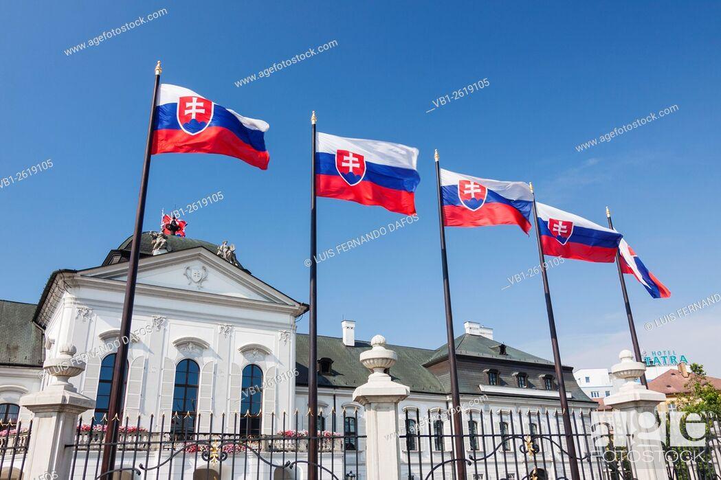 Imagen: Grassalkovich Palace, Slovak presidential residence. Bratislava, Slovakia.