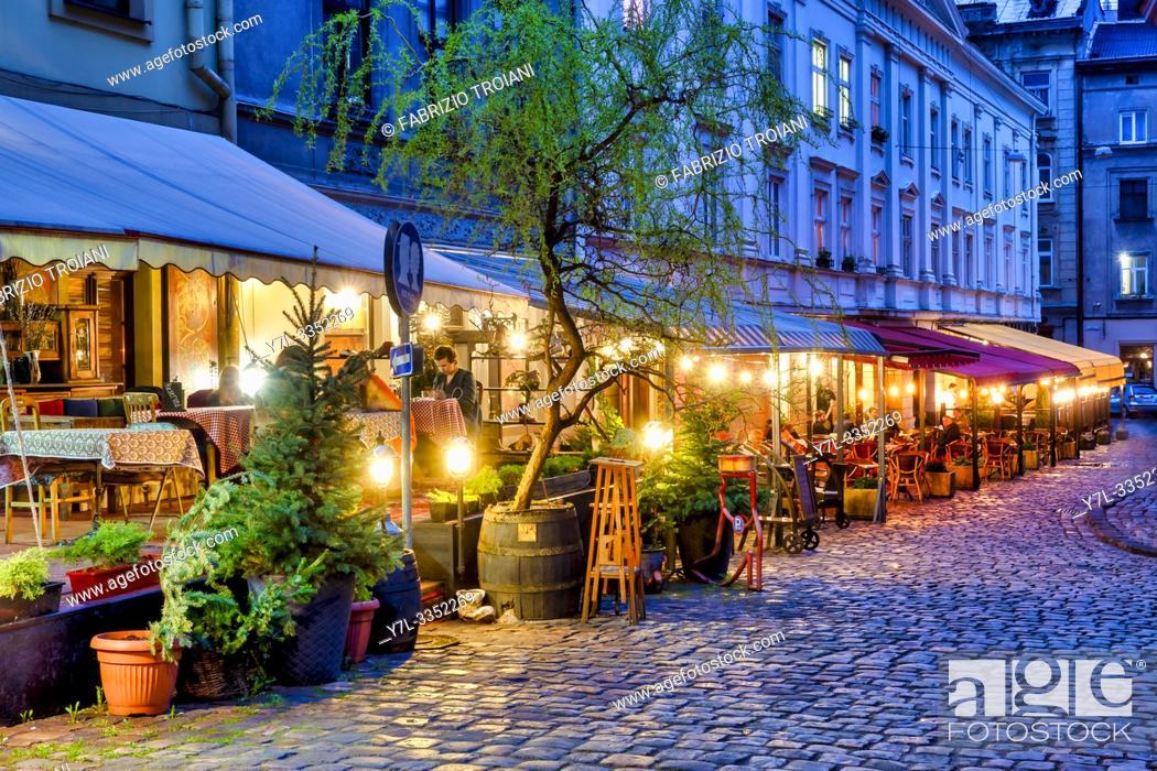 Stock Photo: Restaurants in Katedralna Square, Lviv, Ukraine.