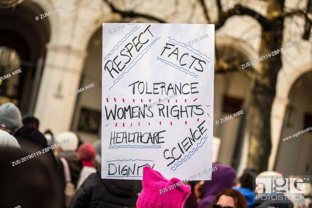 Photo de stock: January 19, 2019 - Munich, Bavaria, Germany - A sign with text around tolerance, women's rights, healthcare, science, and facts held at the 2019 Women's March.