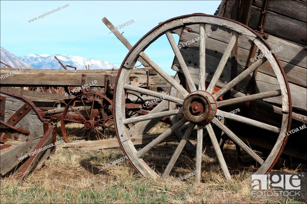 Wagon prairie mountain Stock Photos and Images | age fotostock