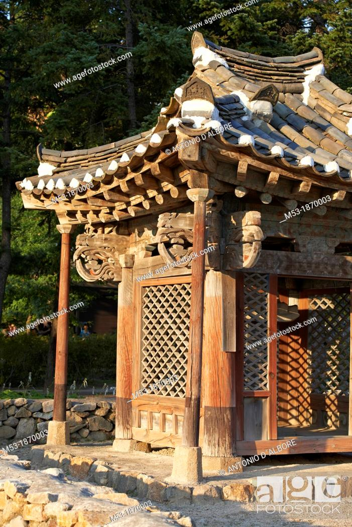 Stock Photo: Detail of a traditional korean home made of wood  Seoul  South Korea.