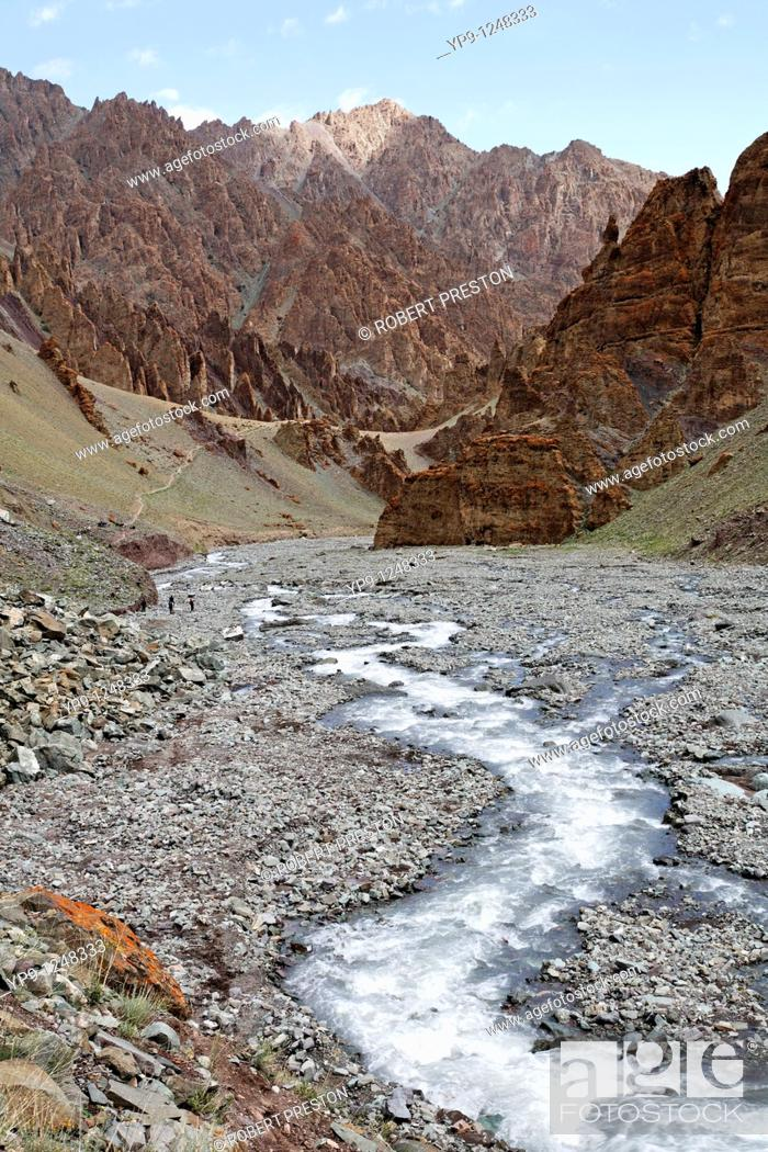 Stock Photo: A river running through the jagged mountains of the Stok gorge in Ladakh, India.