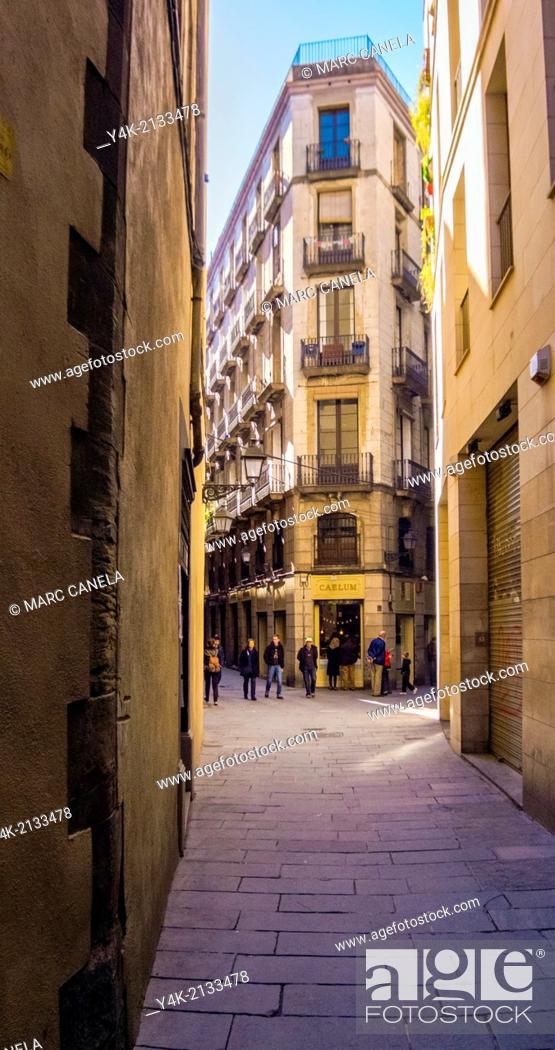 Stock Photo: Europe, Spain, Barcelona, carrer de la palla, palla street.