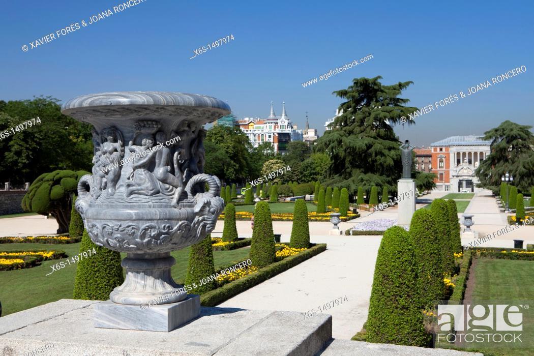 Stock Photo: Parque del Buen Retiro, Madrid, Spain.
