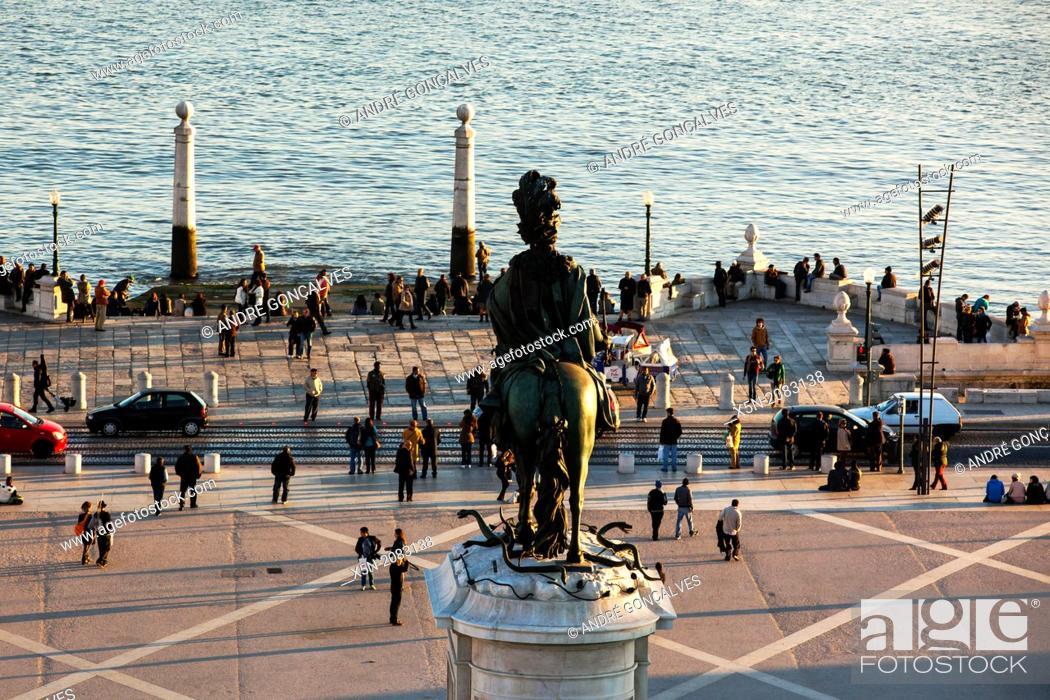 Stock Photo: Praca do Comercio, Lisbon, Portugal, Europe.