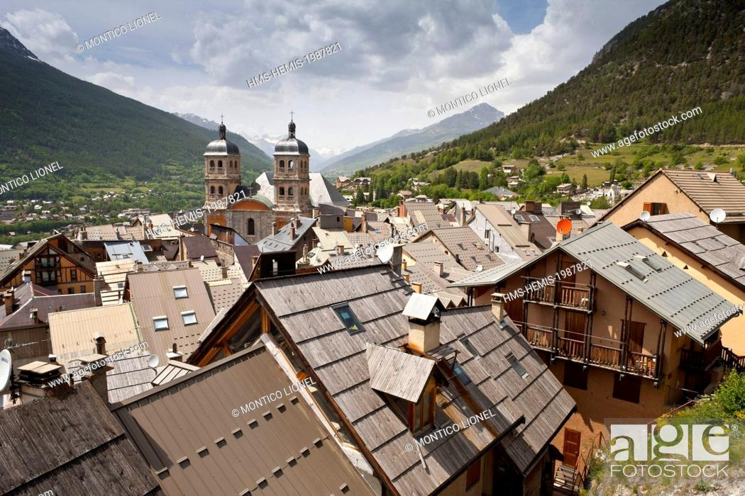 Stock Photo: France, Hautes-Alpes, Briancon, Vauban site listed as World Heritage by UNESCO, towers of the Notre Dame of the 18th century.
