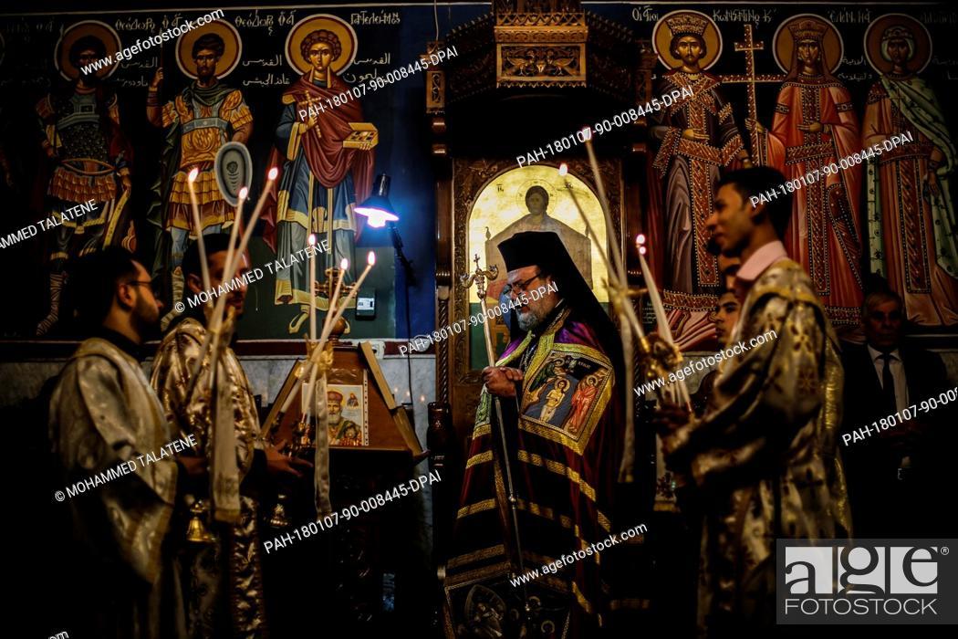 When Is Greek Orthodox Christmas.Greek Orthodox Archbishop Alexios Leads The Orthodox