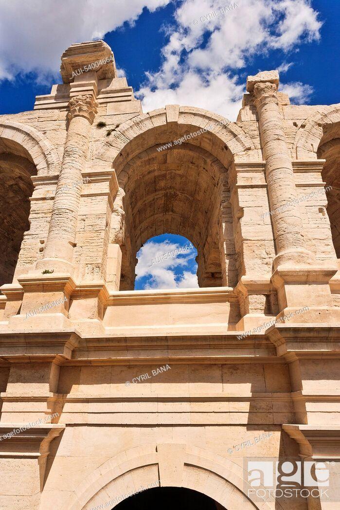 Stock Photo: France, Arles, Roman amphitheatre, arcades, columns.