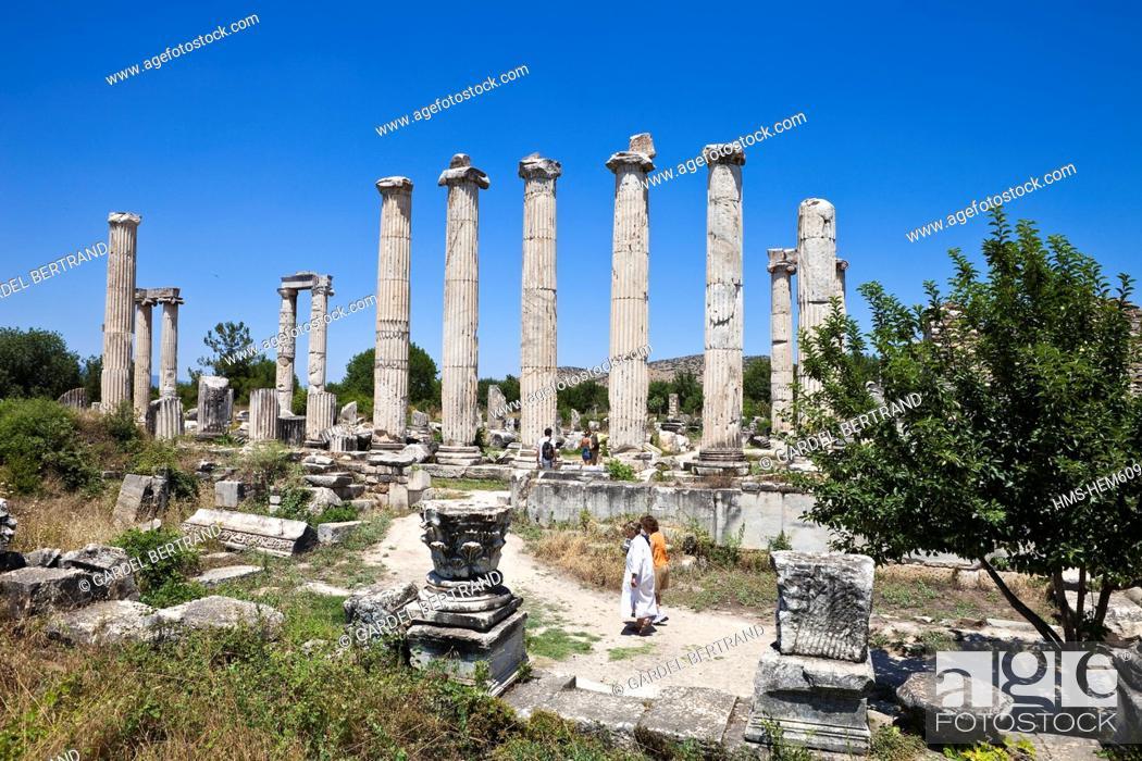 Stock Photo: Turkey, Aegean region, Aphrodisias, the ancient city, the temple of Aphrodite.