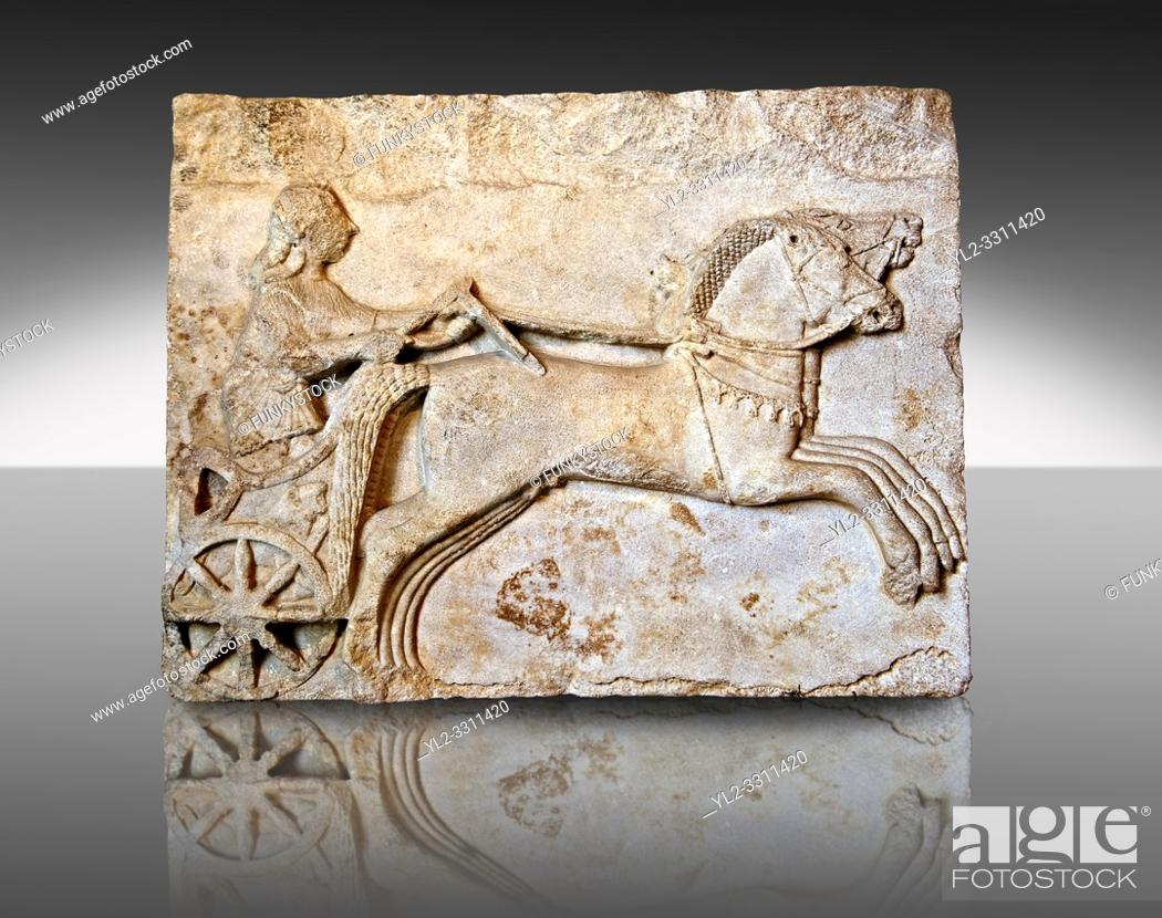 Imagen: Late Greek Archaic relief sculpture in Proconnesian Marble of a charioteer ( Last quarter 6th Cent. B. C) From Cyzicus, ( Erdek formerly Artàke, Î'Ï.