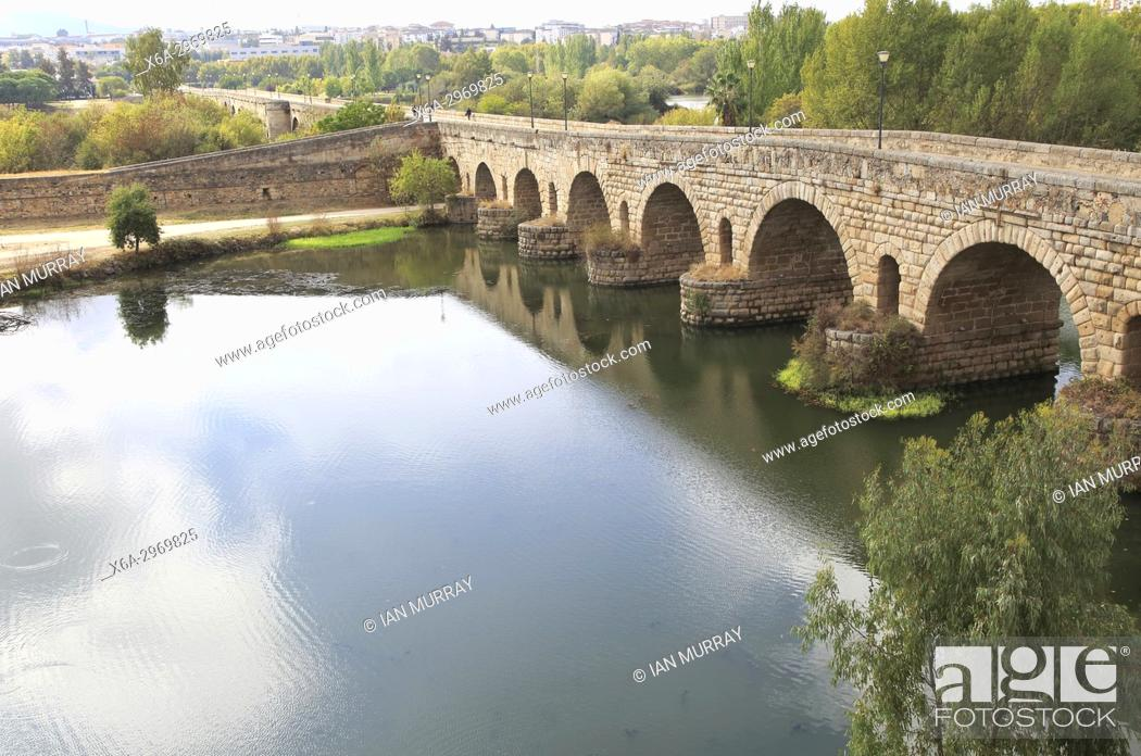 Puente Romano Roman Bridge Crossing Rio Guadiana River Merida