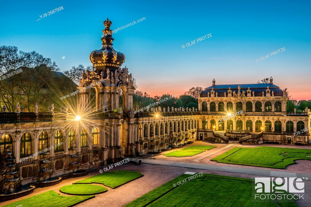 Stock Photo: Kronentor(Crown Gate) at Dresden Zwinger Palace at Night, Dresden, Saxony, Germany.