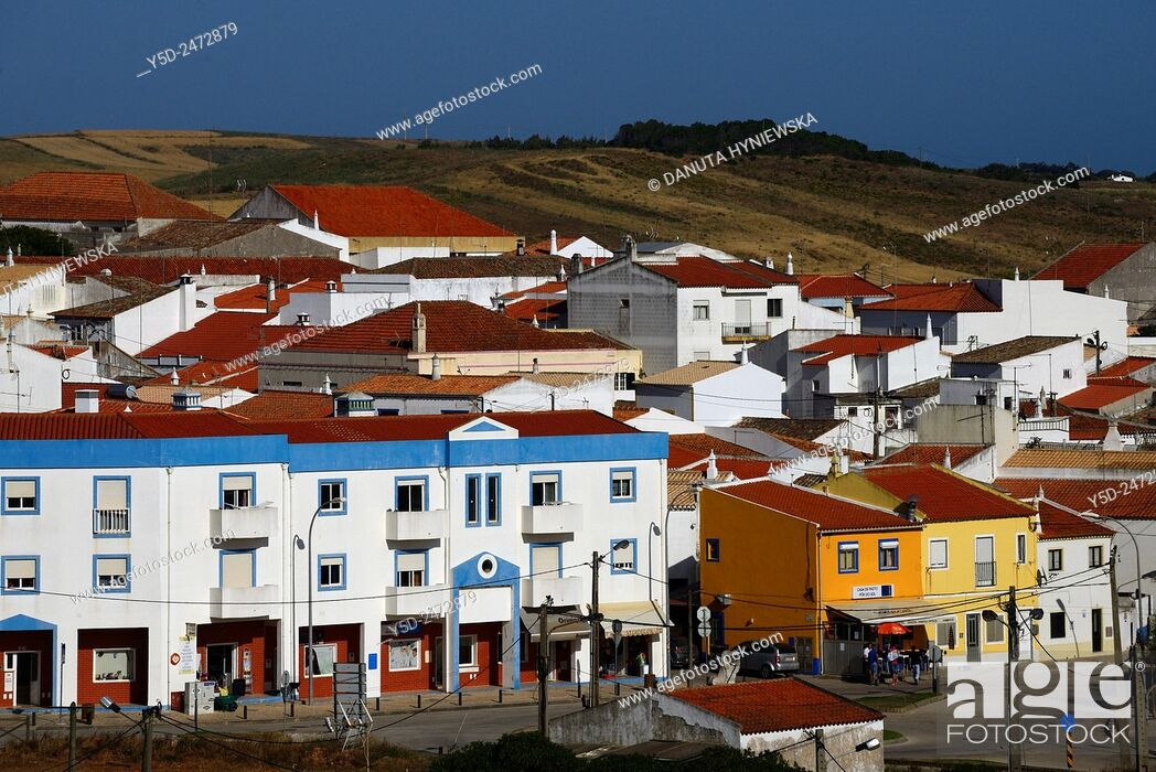 Imagen: Europe, Portugal, Southern Portugal , Algarve region , Faro district , Vila do Bispo - a charming little town close to Sagres, western coast of Atlantic Ocean.