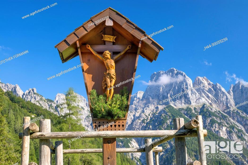 Photo de stock: Bild- Foto, RoHa-fotothek, Bayern, Oberbayern, Berchtesgadener Land, Berchtesgaden, Himmel, blauer Himmel, Alpen, Gebirge, Berge, Fels, Felsabbruch, Felssturz.
