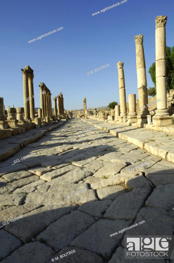 Stock Photo: The Cardo Maximus in Jerash, Jordan.