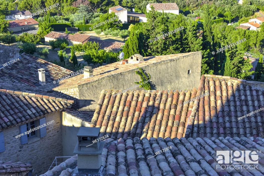 Stock Photo: view over the roofs of village Le Barroux, Provence, France, view from castle Château du Barroux above.