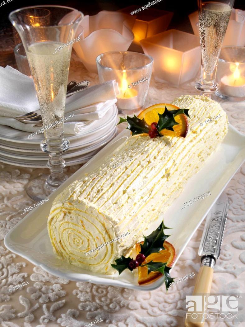 Imagen: Buche de Noel French Christmas log cake.