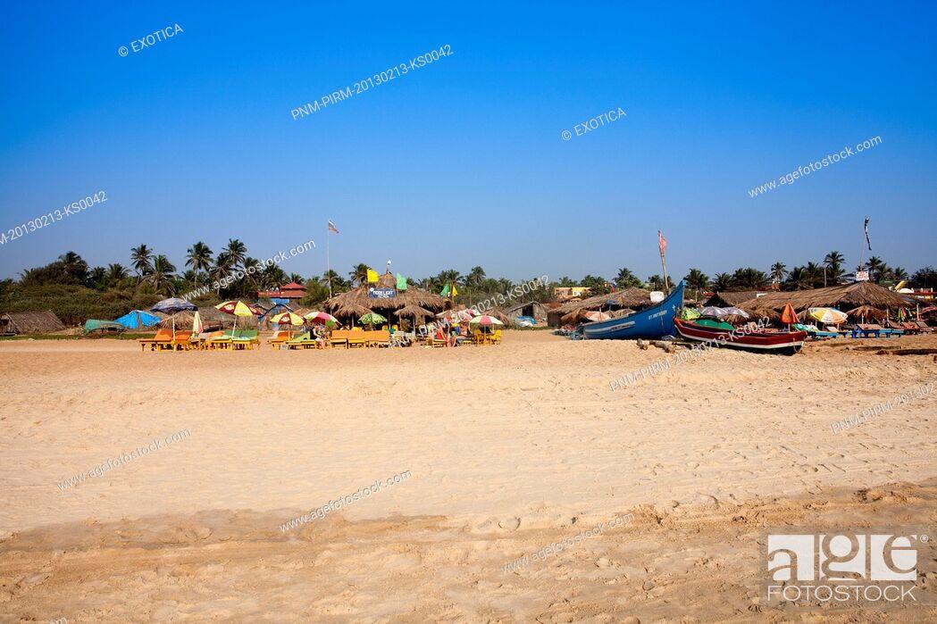 Stock Photo: Tourist resorts on the beach, Calangute Beach, Calangute, North Goa, Goa, India.