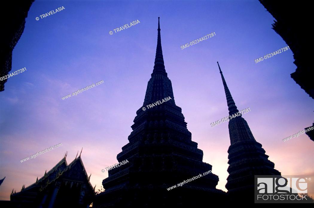 Stock Photo: Thailand,Bangkok,Wat Pho.