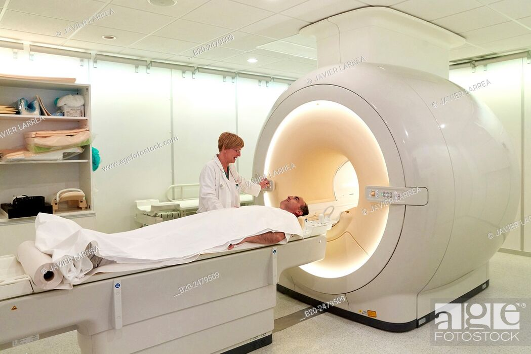 Stock Photo: MRI scan, NMR (Nuclear Magnetic Resonance), medical imaging for diagnosis, Hospital Donostia, San Sebastian, Gipuzkoa, Basque Country, Spain.