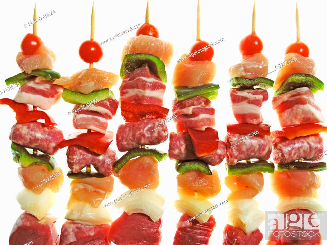 Imagen: Meat and vegetable kebabs.