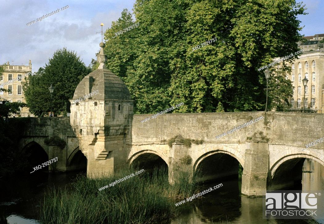 Imagen: Town Bridge and the Lockup over the River Avon in Bradford Upon Avon in Wiltshire in England in Great Britain in the United Kingdom UK Europe.