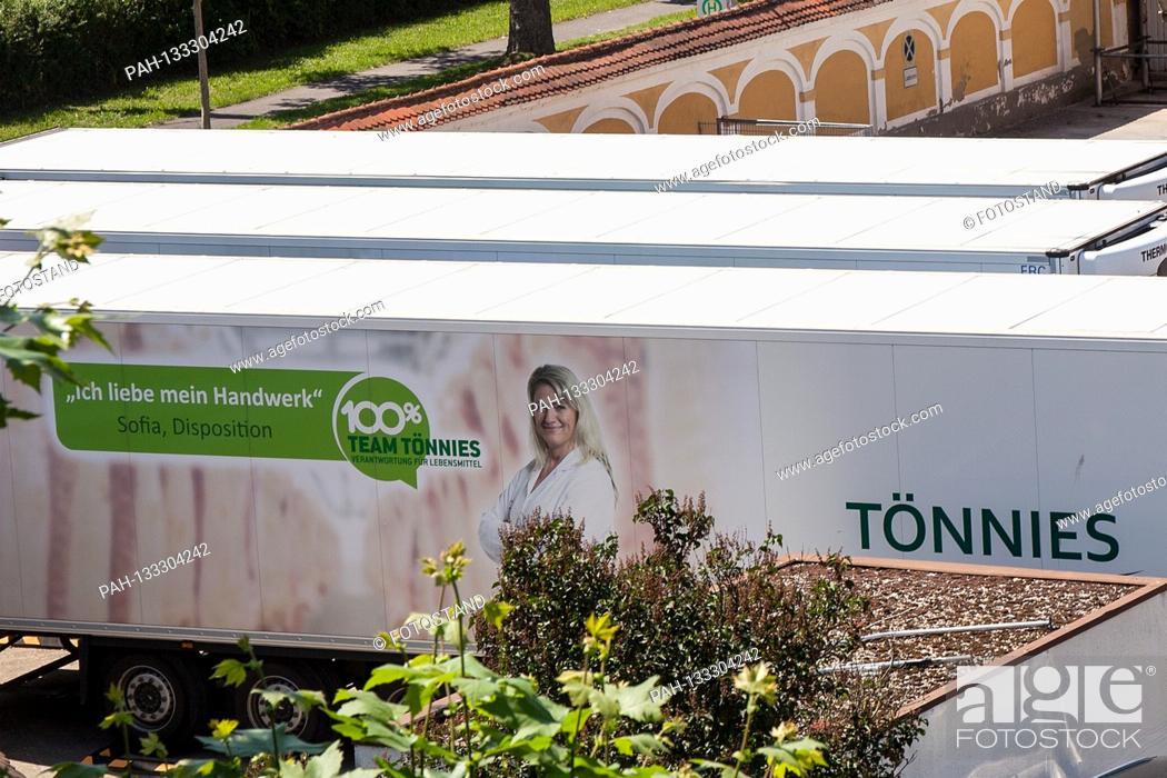 Stock Photo: Bamberg, Germany June 23, 2020: Symbolic images - Coronavirus - 06/23/2020 Toennies trailer is in the Schlaughshof Bamberg, with advertising.