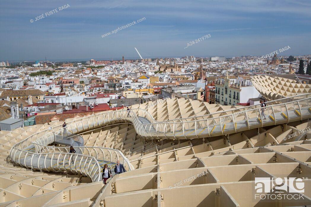 "Imagen: Spain , Andalucia Region, Sevilla City , Encarnacion Square, Metropol Parasol known as """"Las Setas""""."