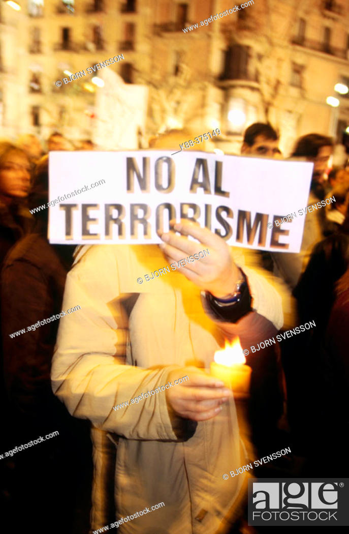 Stock Photo: Manifestation of solidarity and against terror after attack in Madrid, 03.11.04. Barcelona. Spain.