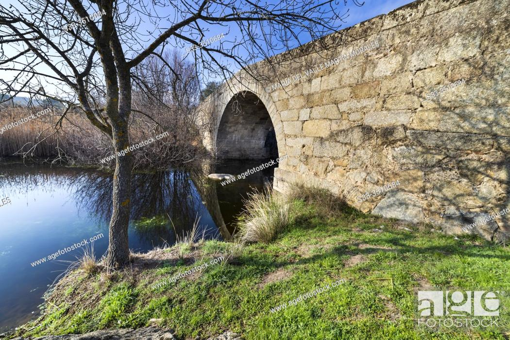 Stock Photo: Valsordo bridge over river Alberche. Cebreros. Avila. Spain. Europe.