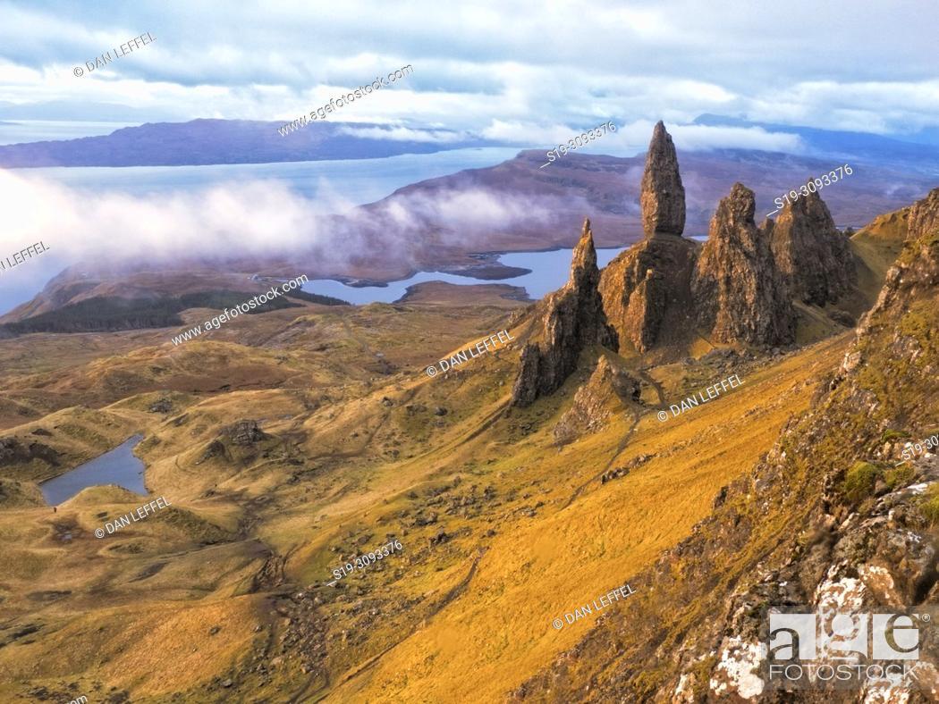 Imagen: Scotland Isle of Skye Old Man of Storr Area.