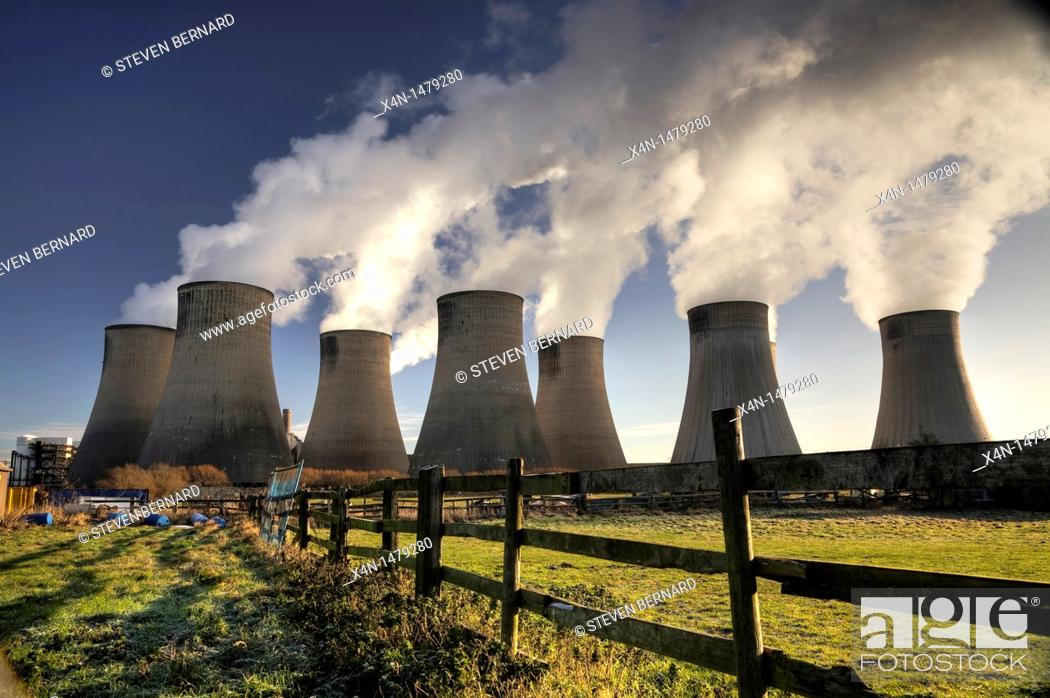 Stock Photo: Ratcliffe on Soar coal fired power station  Ratcliffe, Nottinghamshire, UK.