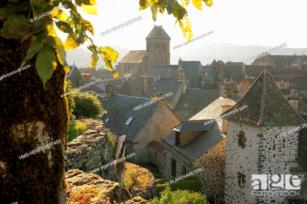 Stock Photo: France, Cantal, Salers, labelled Les Plus Beaux Villages de France (one of the most beautiful villages in France).