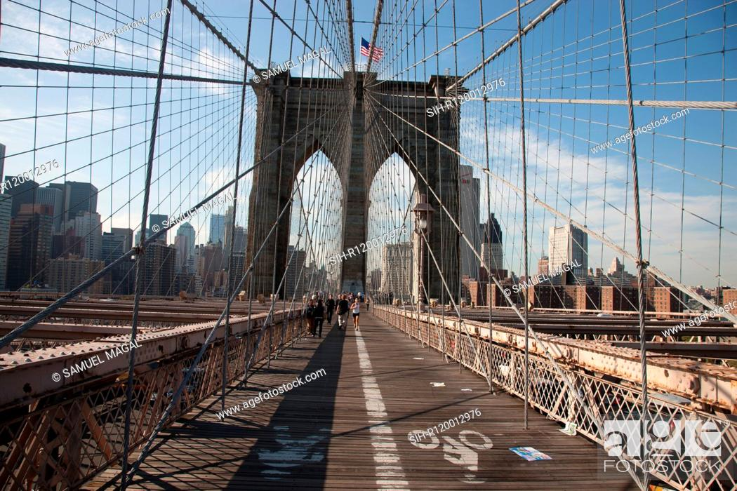 Stock Photo: USA, New York, Brooklyn Bridge.