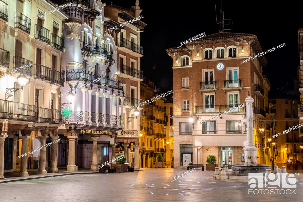 Stock Photo: Plaza del Torico by night, Teruel, Aragon, Spain.